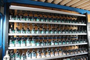 BODYSHOP荒井の品質確保の塗料撹拌機